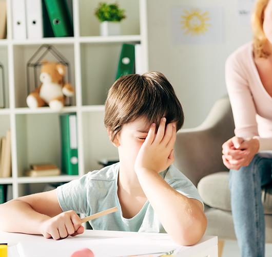Enfant avec troubles dyslexique